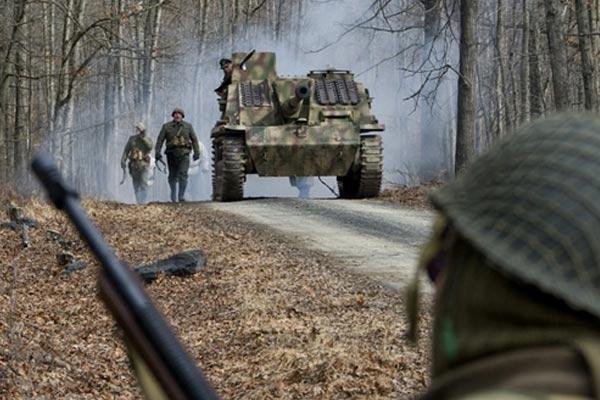 Một cảnh trong Phim chiến tranh Mỹ - Đức Battle Of The Bulge