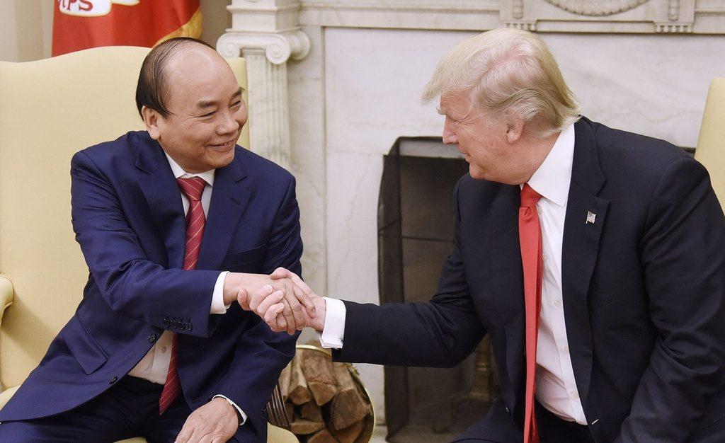 Bất ngờ từ chuyến thăm của Tổng thống Donald Trump